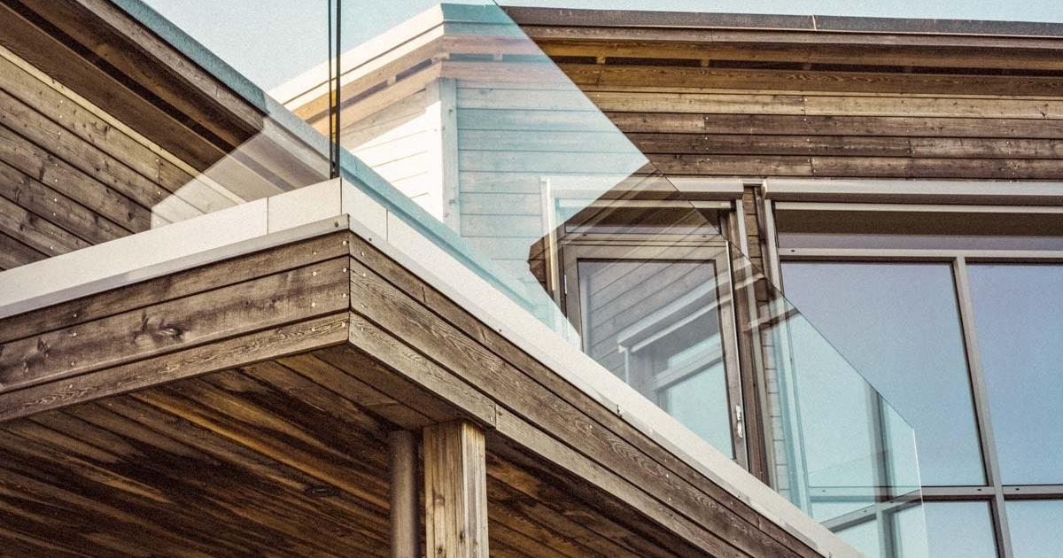 Bild Holzschutz Malerei aussen – Garbani AG